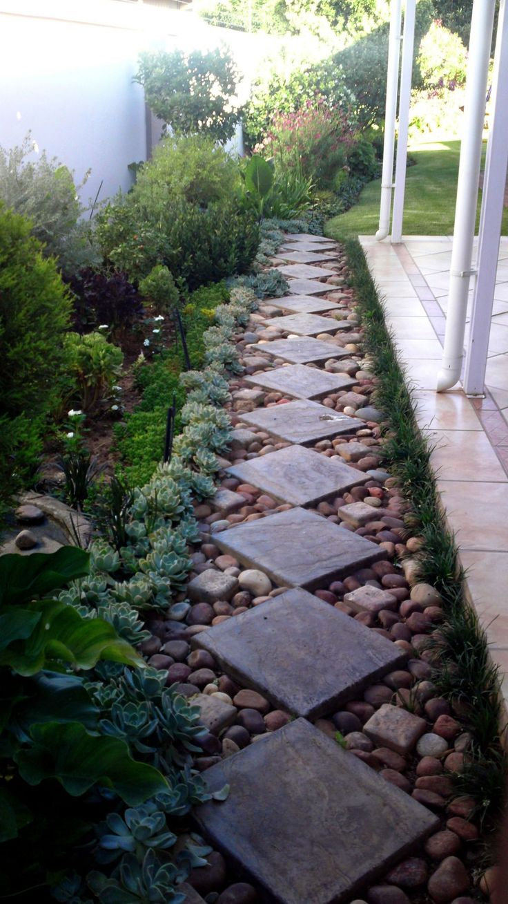 55 Gorgeous Rock Pathway Design Ideas To Enhance Your Beautiful Garden 13