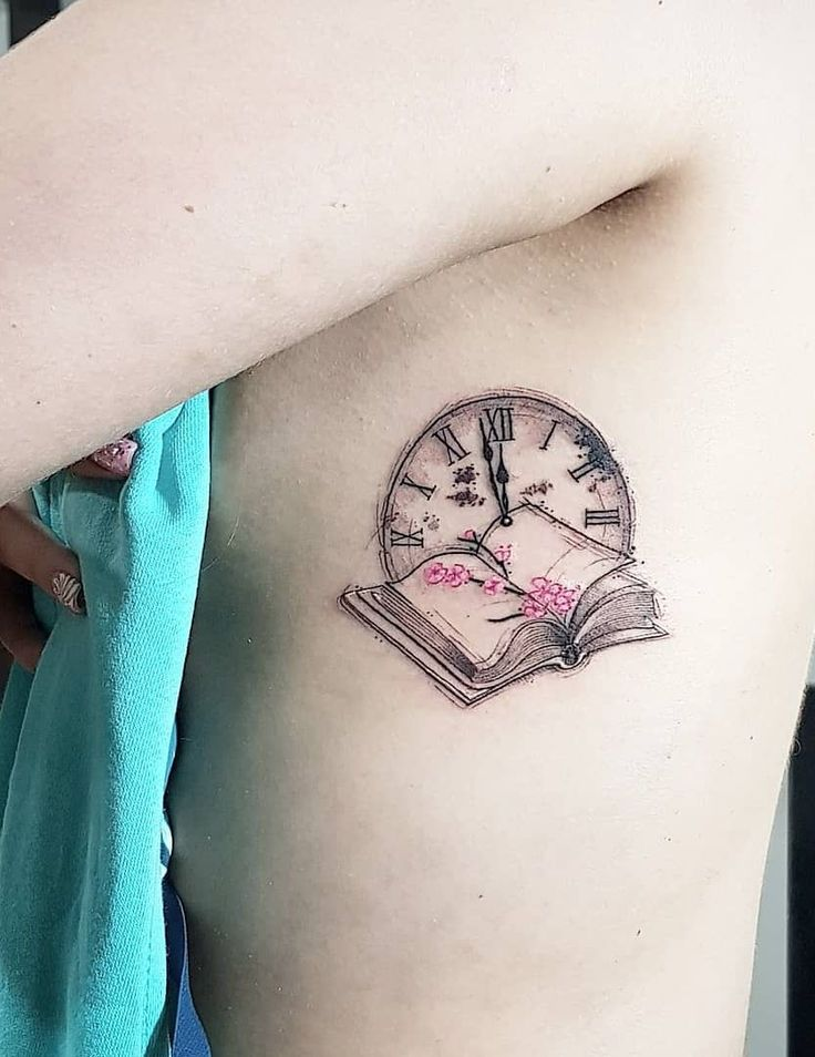 cool book tattoo ideas © tattoo artist Nel Rodriguez ❤📚💐❤💐📚❤....