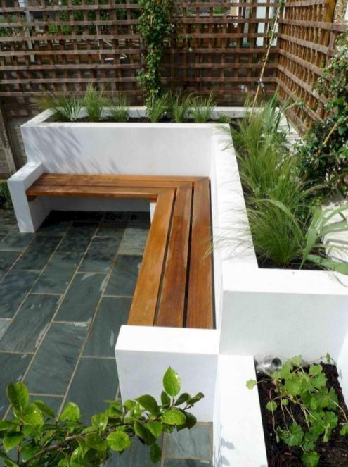 Latest Small Courtyard Garden Design Ideas For Your House 28