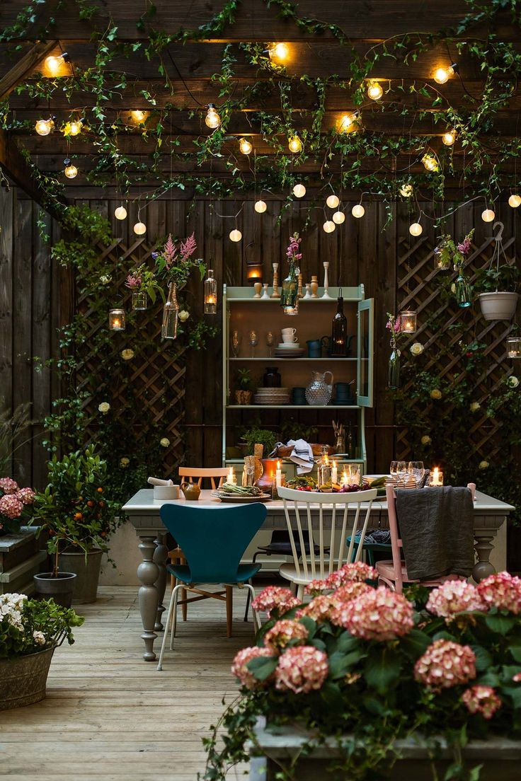 28 Absolutely dreamy Bohemian garden design ideas When decorating your outdoor s...