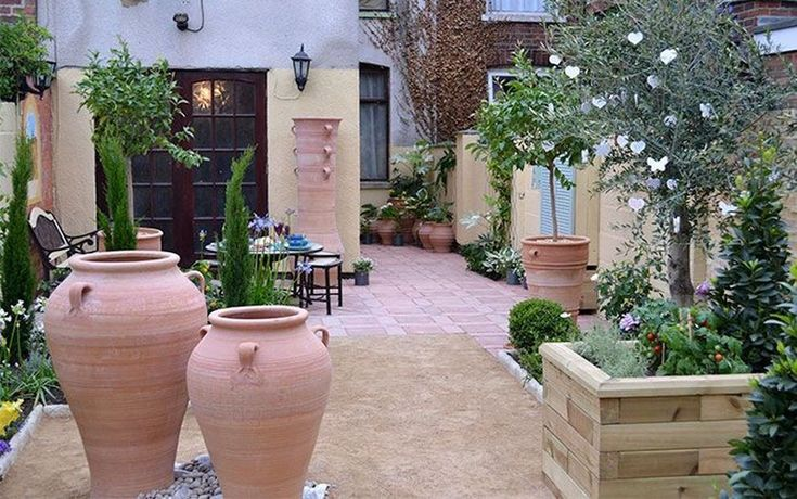 Lovely Small Courtyard Garden Design Ideas For Home 36