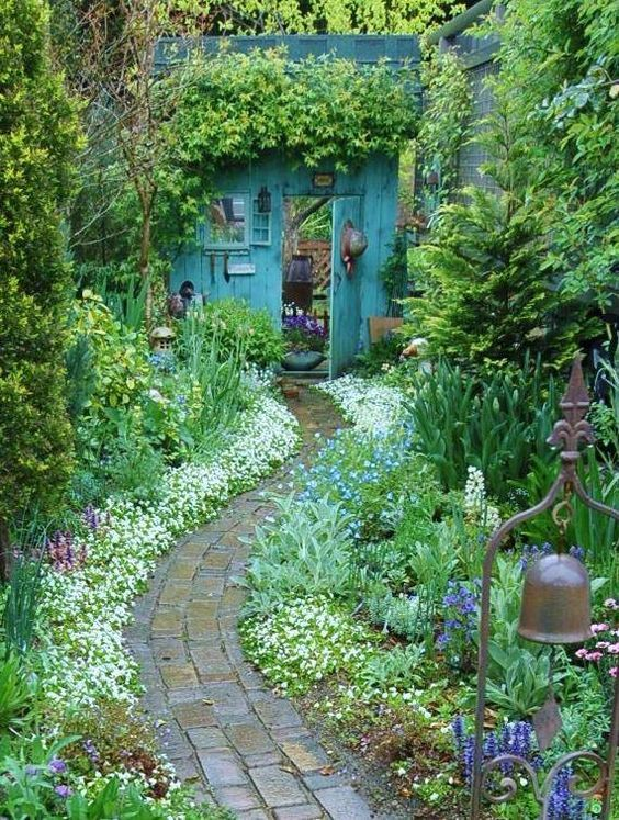 beautiful backyard gardens | Backyard Inspiration - Ideas for Garden Lovers! #ba...