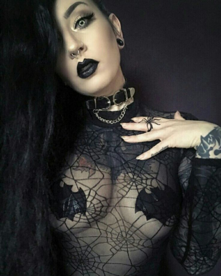 Gothic Makeup Style