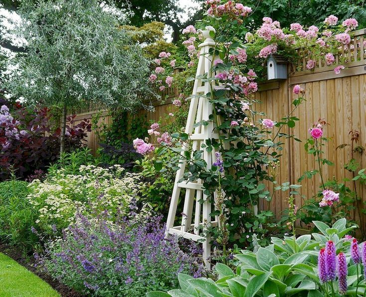 79 beautiful small cottage garden ideas for backyard inspiration - HomeSpecially