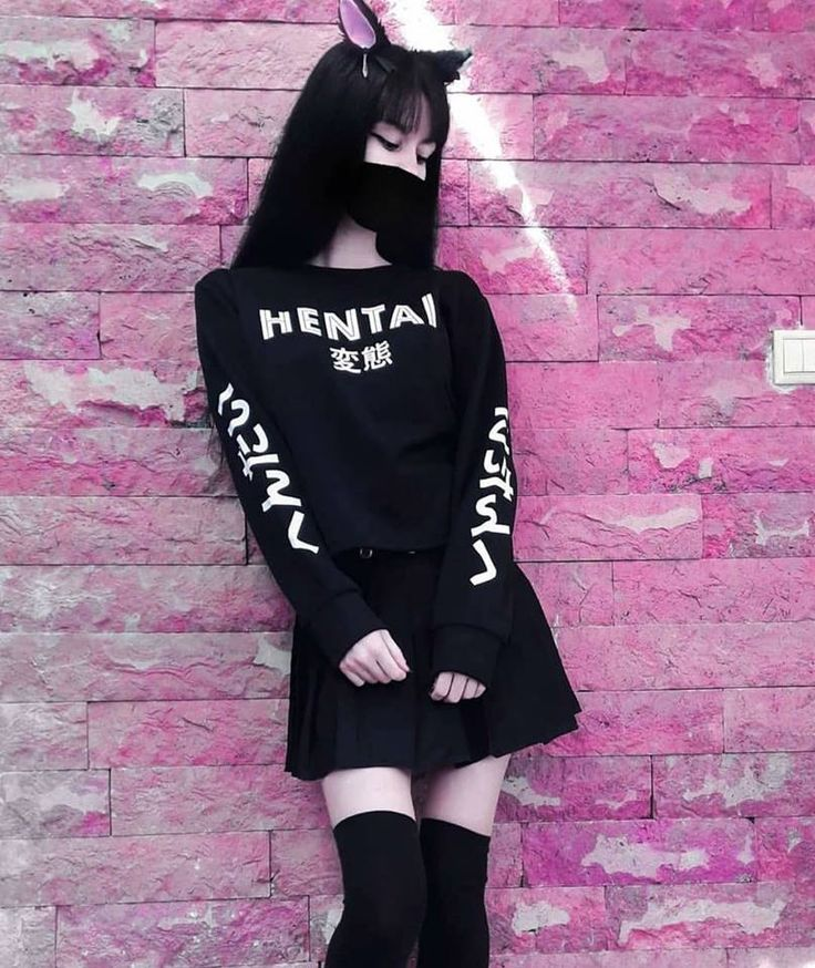 • ThePierced3moGirl °•