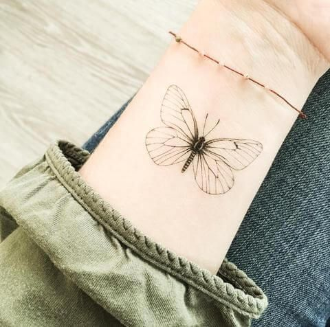 50 Schmetterling Tattoos für Frauen #frauen #schmetterling #tattoos