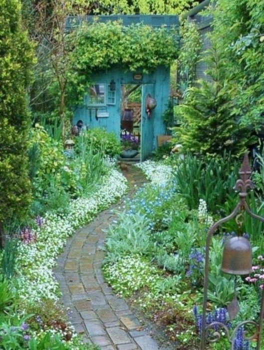 Beautiful courtyard garden design ideas 30 - GODIYGO.COM