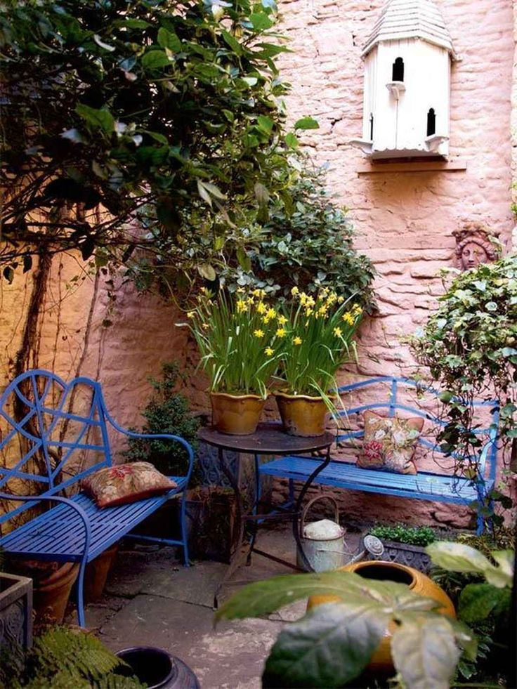 95 Small Courtyard Garden with Seating Area Design Ideas