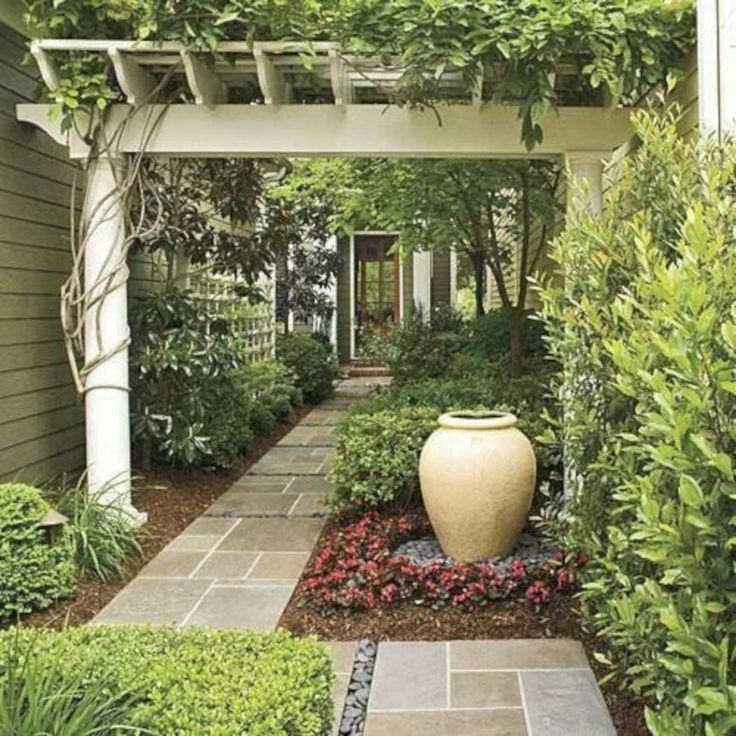 Beautiful courtyard garden design ideas 28 - GODIYGO.COM