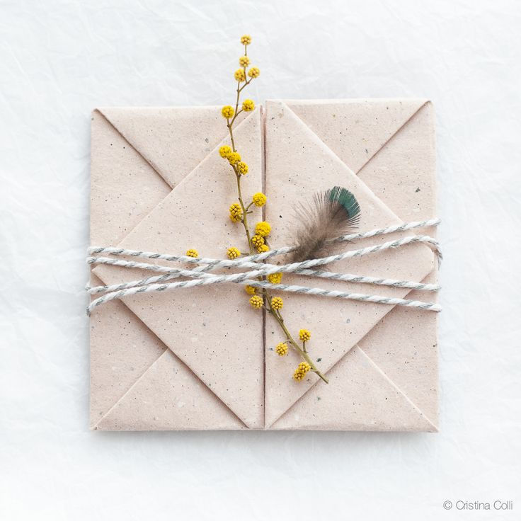 Make an origami envelope | Cristina Colli #origami
