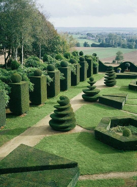 Give us a few minutes, and be inspired by these most beautiful gardens, includin...