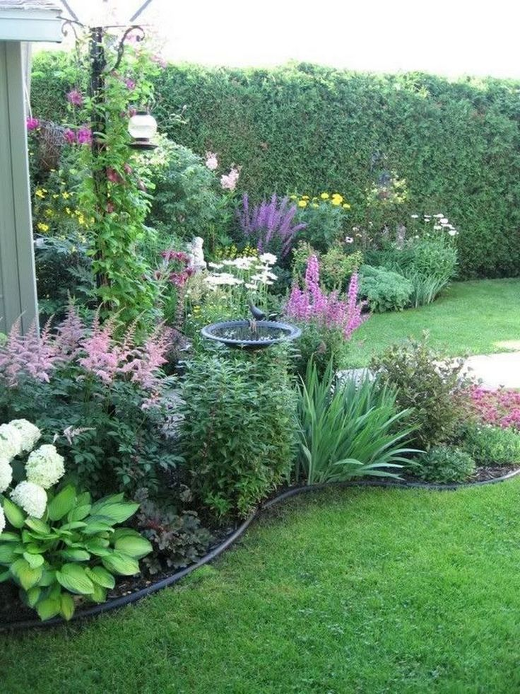 40+ Awesome Garden Design Ideas For Front Of House #garden #gardendesign #garden...