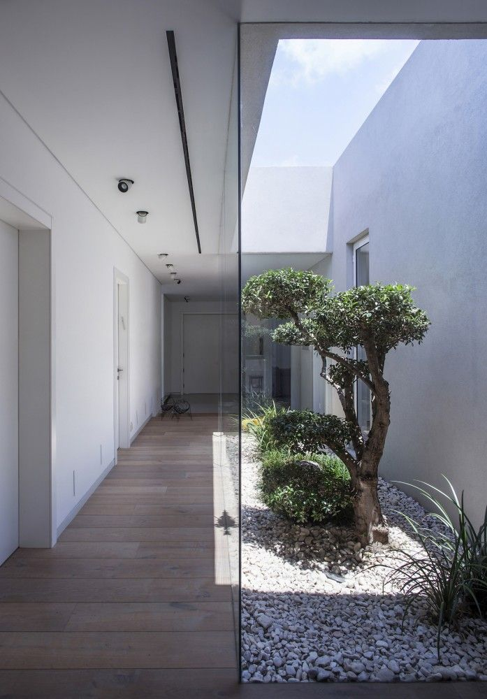 Family as a Community / Jacobs-Yaniv Architects