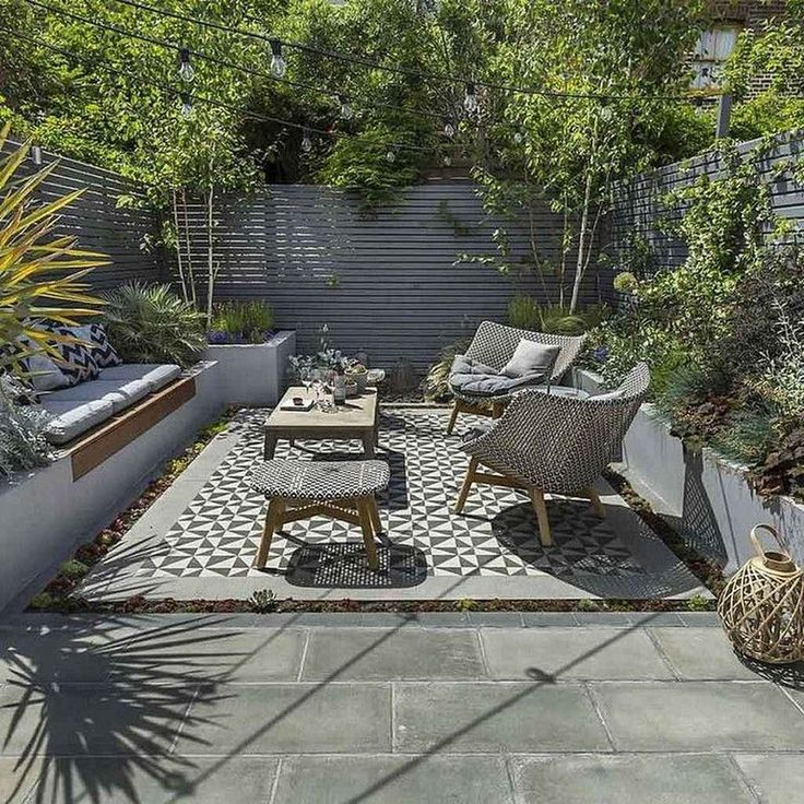 Awesome 95 Small Courtyard Garden with Seating Area Design Ideas source link: st...