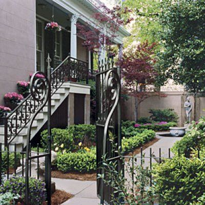 Courtyard Garden in Savannah via Southern Living