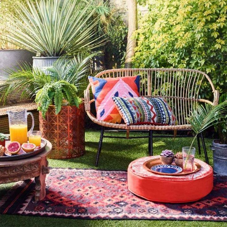 Nice 95 Small Courtyard Garden with Seating Area Design Ideas source link: struc...
