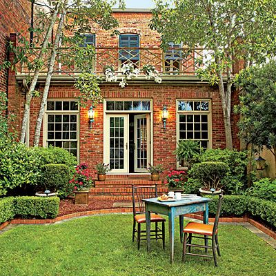 The Plants - An Elegant Georgia Courtyard Garden - Southern Living