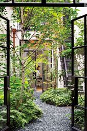 55+ Stunning Courtyard Ideas: Modern & Traditional - The Mood Palette