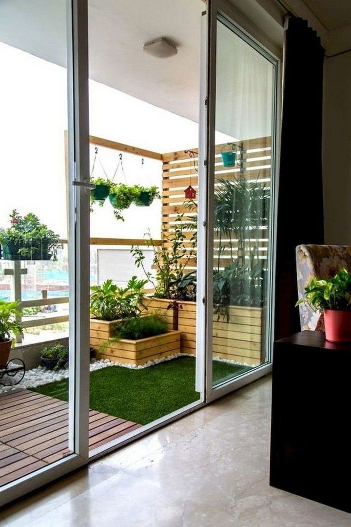 Inspiring Small Balcony Garden Ideas For Small Apartment