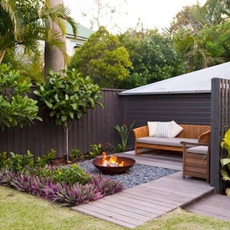 34 Modest fireplace and seating area for garden design ideas #small_ga ...