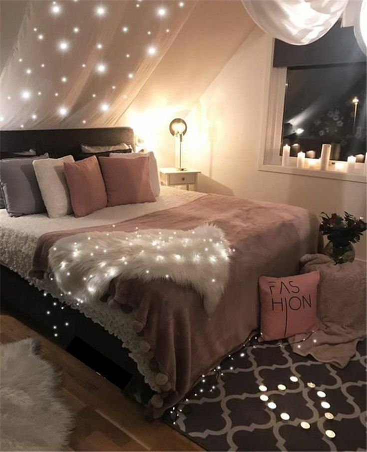 Creative Teen Girl Rooms A fantastic vintage teen room curtain with a ...