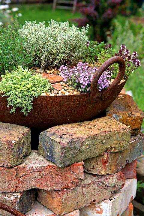 14 brick flower bed design ideas that you can replicate instantly